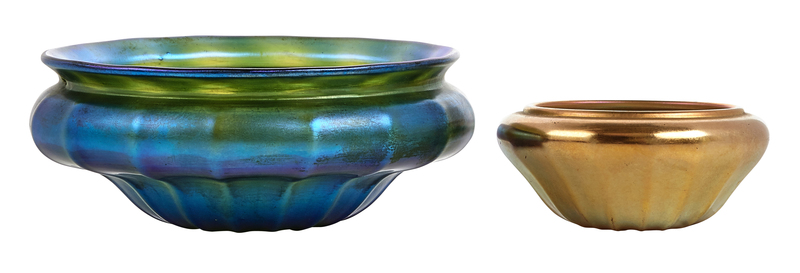 Quezal bowls, group of two