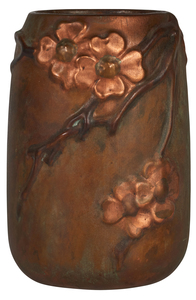 Clewell Dogwood vase
