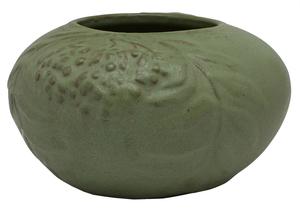 Van Briggle vase, 1905