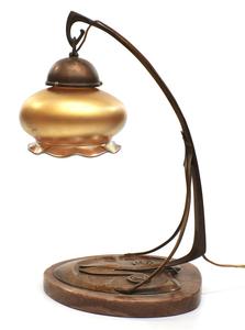 European Art Nouveau lamp with Quezal shade