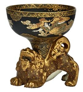 Satsuma bowl on foo dog stand