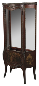 19th century French Louis XV style vitrine