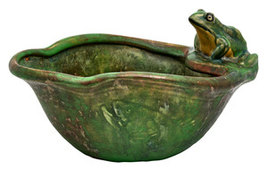 Weller Pottery Coppertone frog bowl