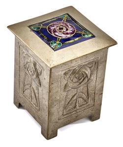 Glasgow School Tudor Rose box