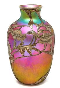 Quezal vase